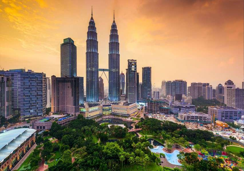 Malaysia and Philipines Tour Package